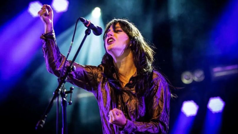 sharon van etten staring mountain never rarely