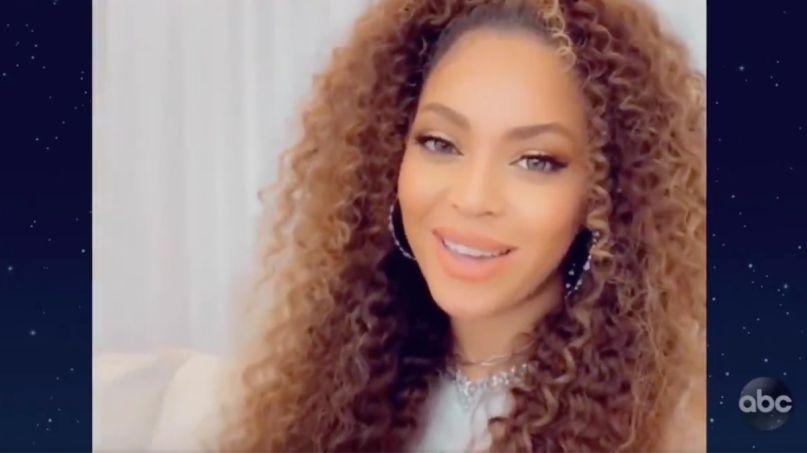 Beyoncé on The Disney Family Singalong (ABC) Beyoncé When You Wish Upon a Star Disney video
