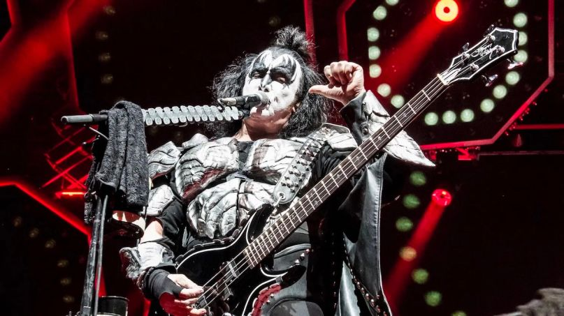 KISS Gene Simmons social distancing
