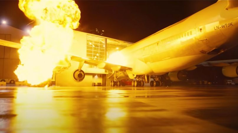 Tenet 747 plane crash scene Christopher Nolan movie (Warner Bros.)