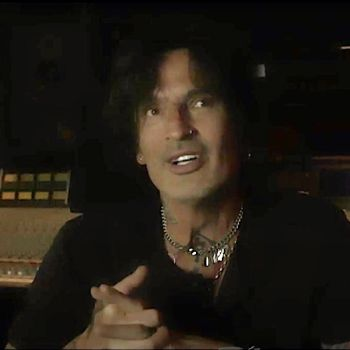 Tommy Lee video interview Pt 1