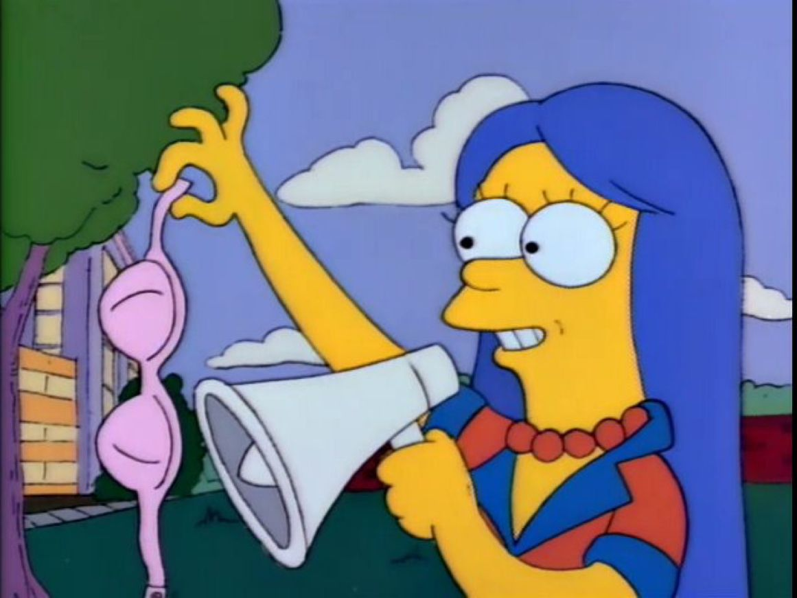 Marge Simpson vs Washington