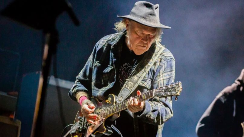 neil young archives way down the rust bucket return to greendale archival releases