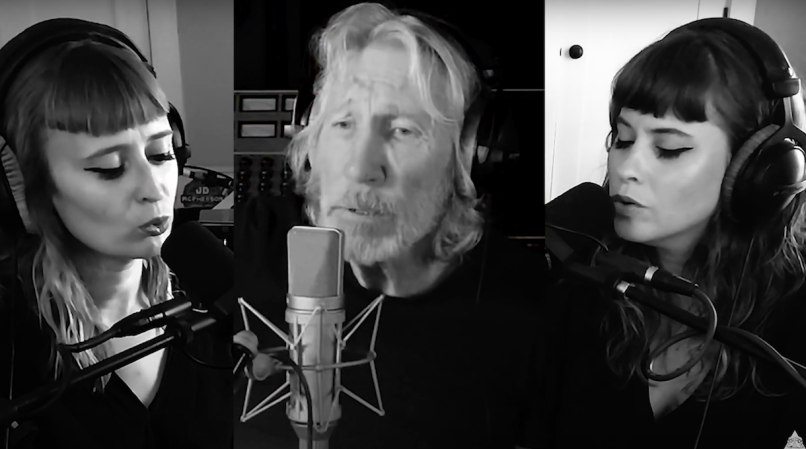 roger-water-johh-prine-cover-hello-in-there-lucius-video-newport