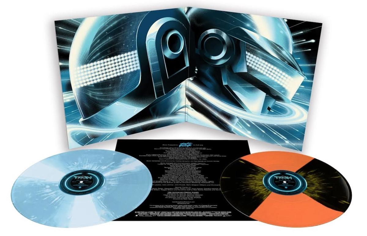daft punk tron legacy soundtrack score deluxe vinyl reissue mondo cover gatefold inside